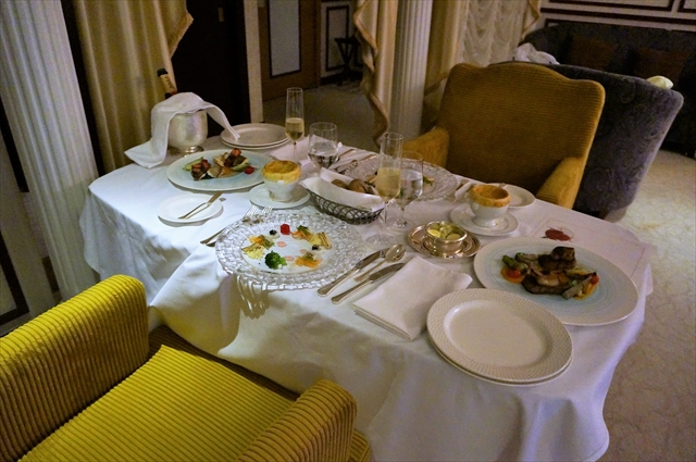 ホテルフレンチディナー
